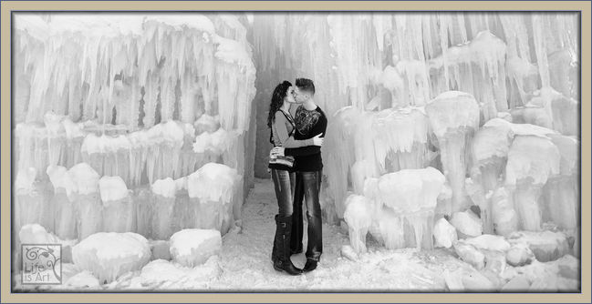 winter engagement photography colorado